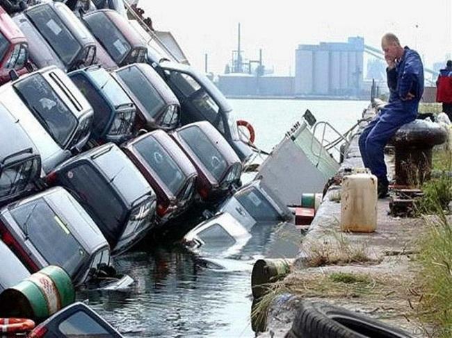 masini scufundate